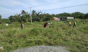 Masyarakat Desa Lariang